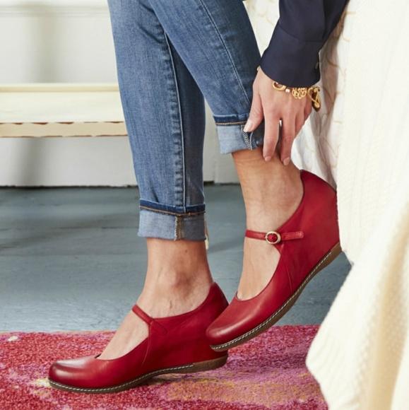 1b42add89b1 Dansko Shoes - DANSKO Loralie Leather Mary Jane Wedge Size 38